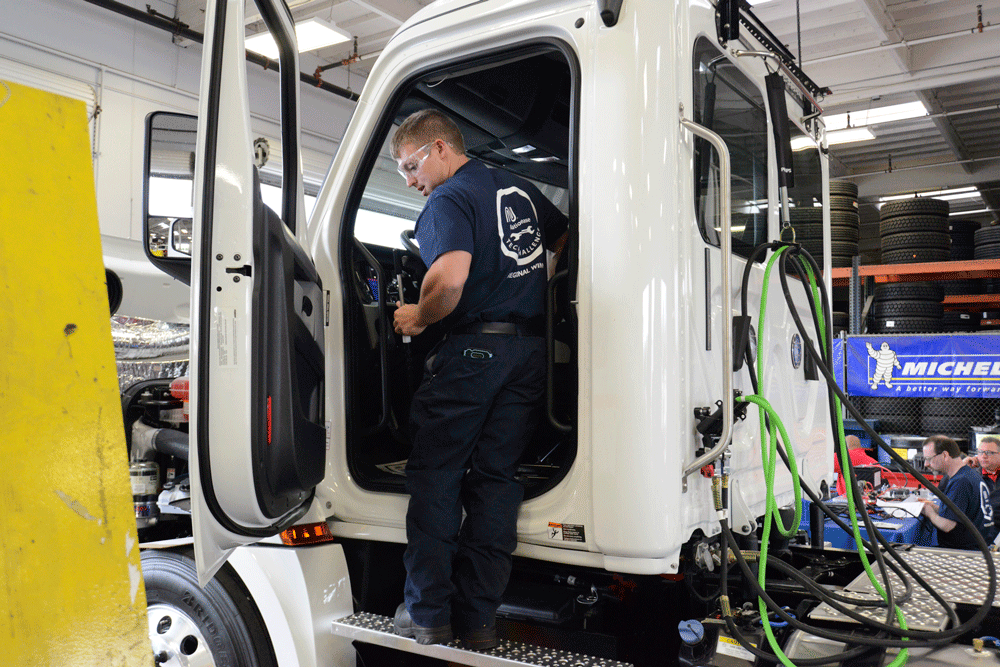 Third-party Maintenance May Be the Right Answer for Your Fleet